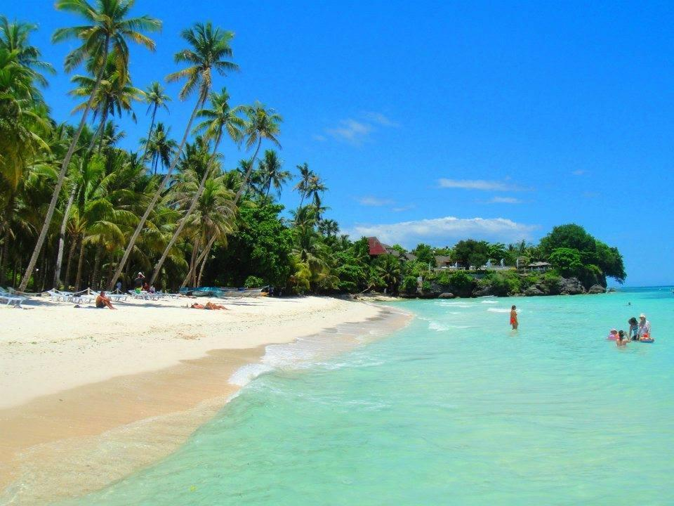Best Price on Alona Tropical Beach Resort in Bohol Reviews