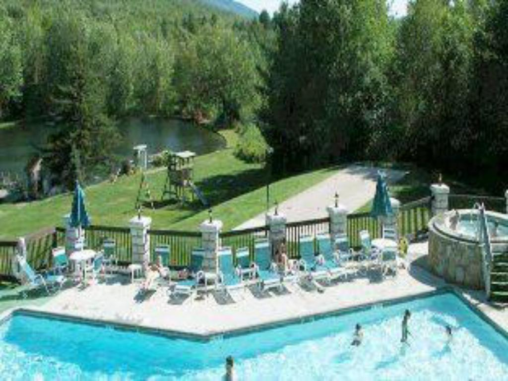 Indian head resort in lincoln nh room deals photos reviews for Can head lice transfer in swimming pools