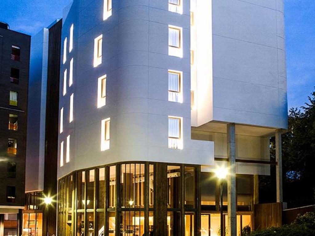 Zenit san sebastian hotel in spain room deals photos - Hotel iturregi san sebastian ...
