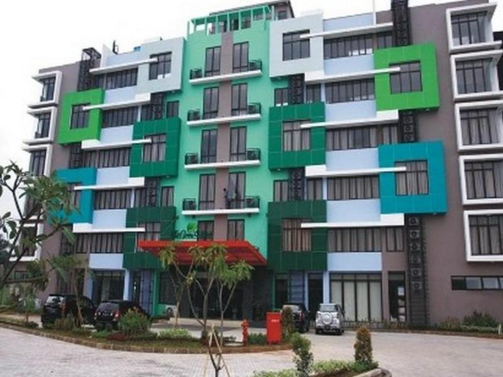 More About The Green Hotel Bekasi