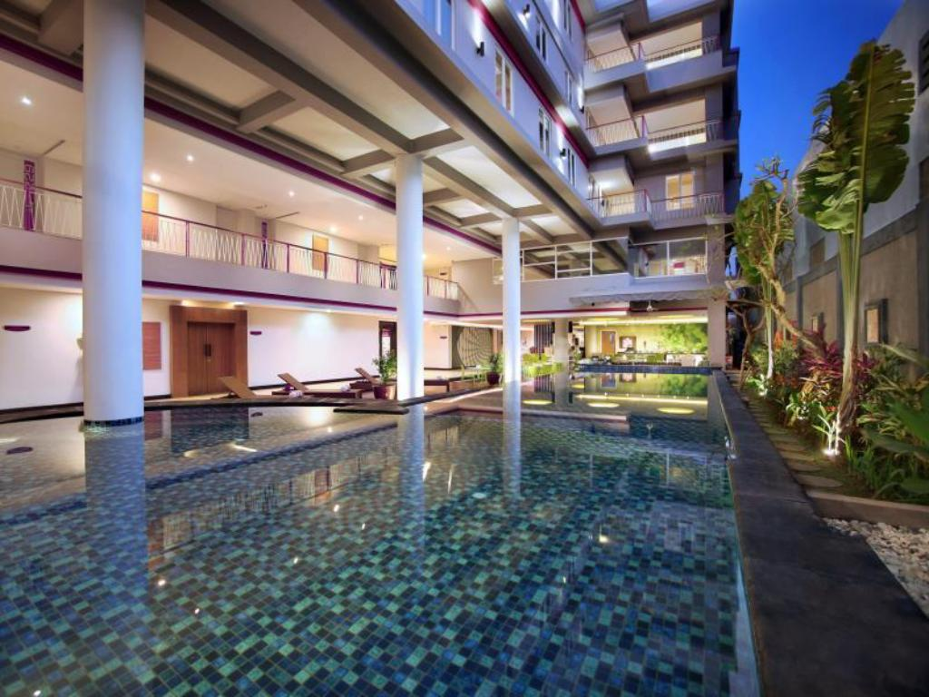 More About Favehotel Sunset Seminyak