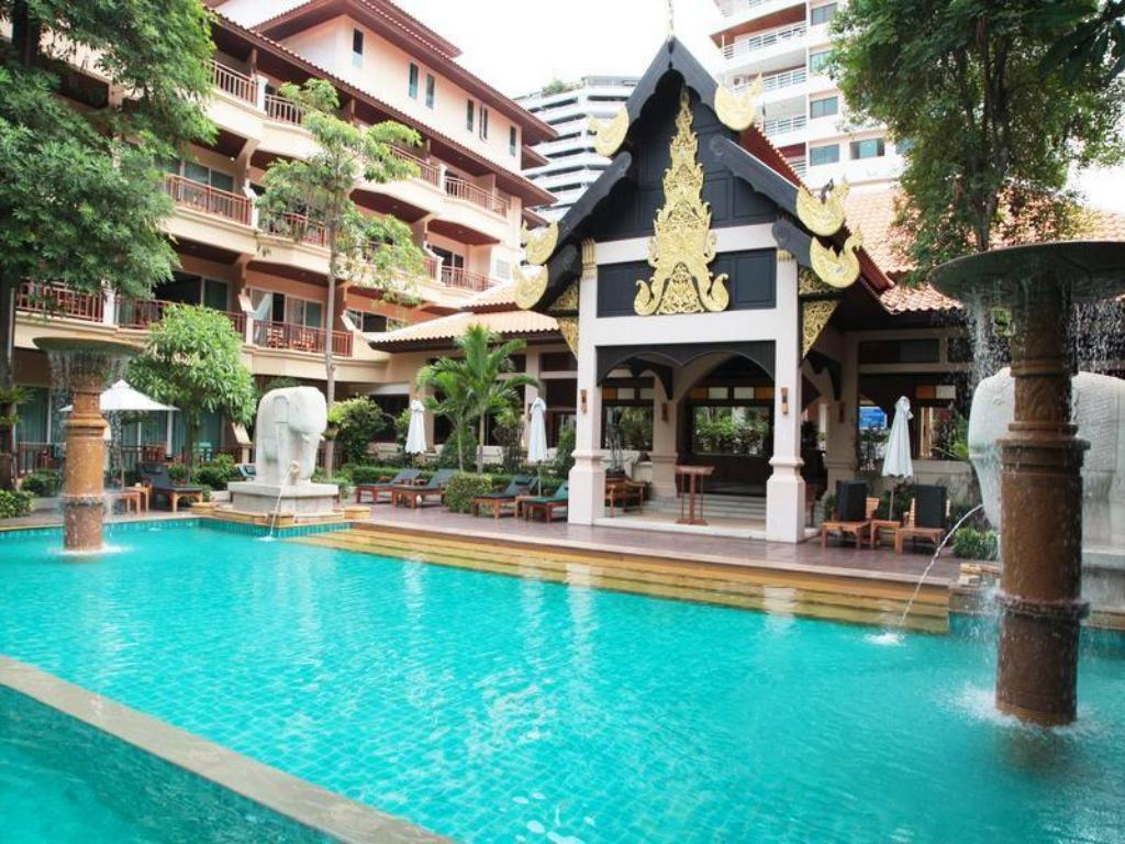 Hotels Near Beach Road Pattaya