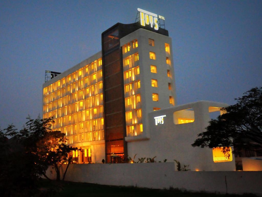 Best Price On Keys Hotel Kochi In Reviews