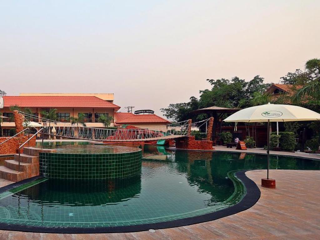 Best price on woodfield resort chiang mai in chiang mai - Stadium swimming pool bloemfontein prices ...