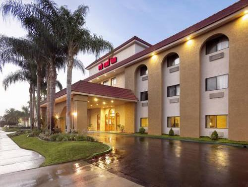 Charming Red Roof Inn Ontario Airport