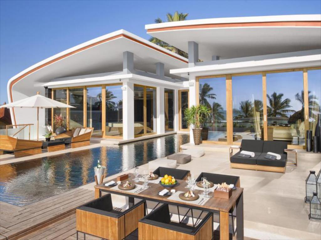 Best price on iniala beach house in phuket reviews for Beach house designs south haven mi