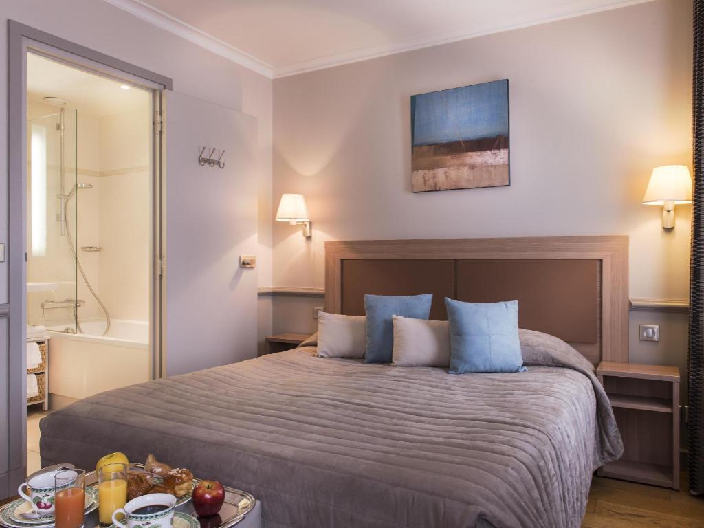 Hotel Edgar Quinet Best Price On Hotel Apollinaire In Paris Reviews