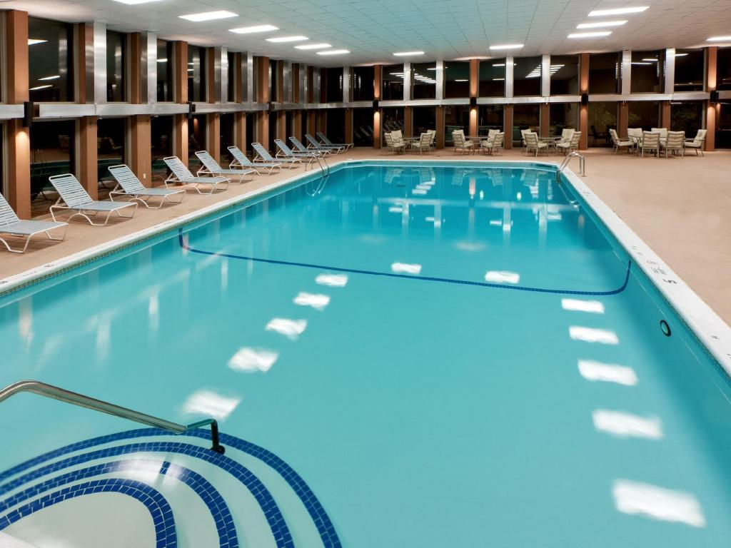 Best Price On Radisson Rochester Airport In Rochester Ny Reviews