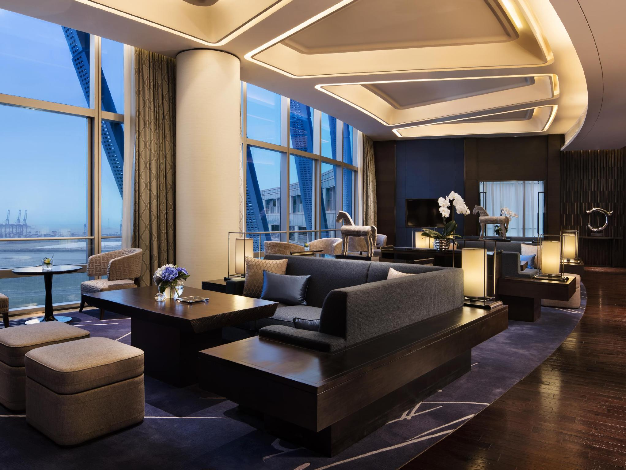 行政房(特大床)-可使用行政酒廊 (executive room, executive lounge