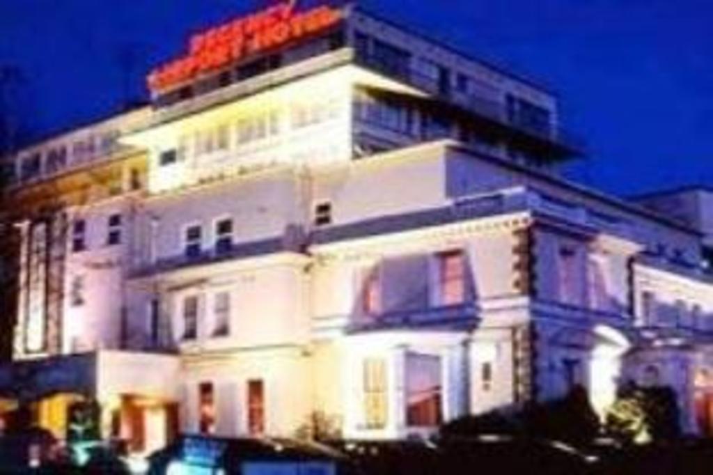 Best Price on Regency Hotel & Leisure Club in Dublin + Reviews