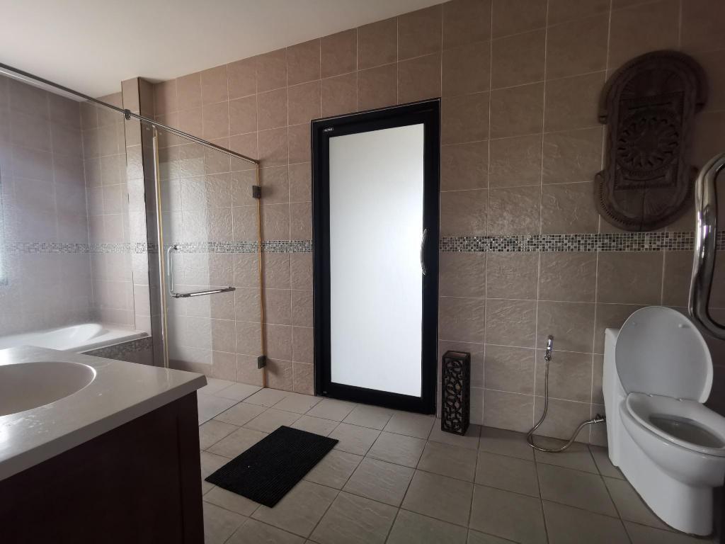 40平方米4卧室别墅 (中芭堤雅) - 有4间私人浴室 (bann piam mongkon)