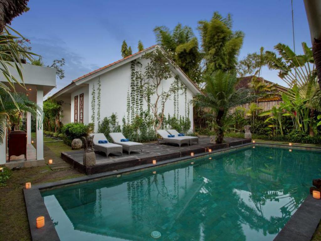 Best Price on Room & Vespa Suite 3 in Bali + Reviews!