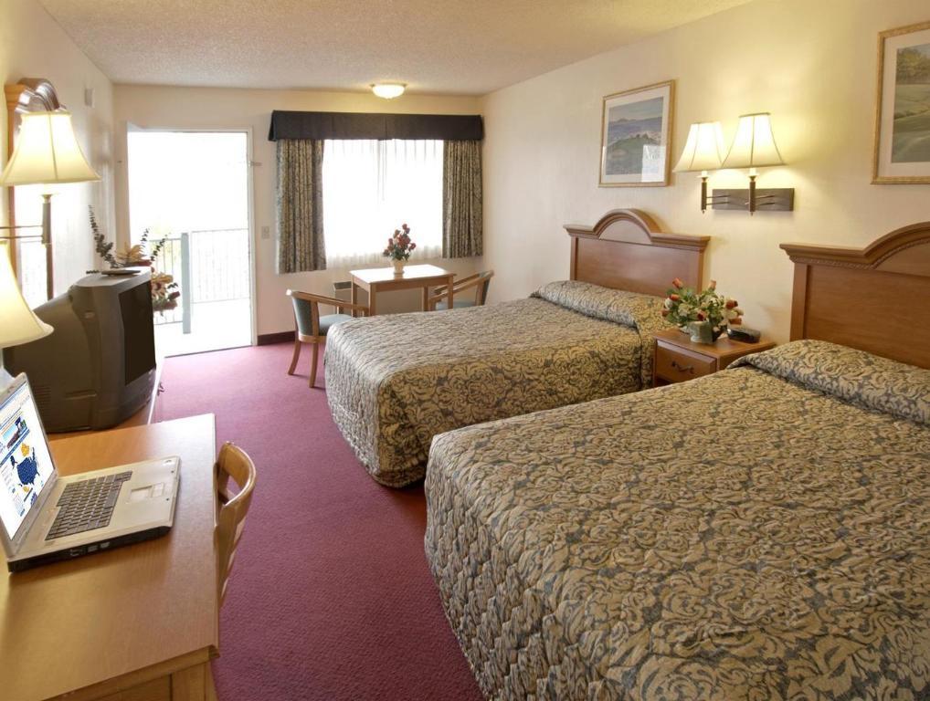 Best Price on Americas Best Value Inn San Luis Obispo Hotel in San ...