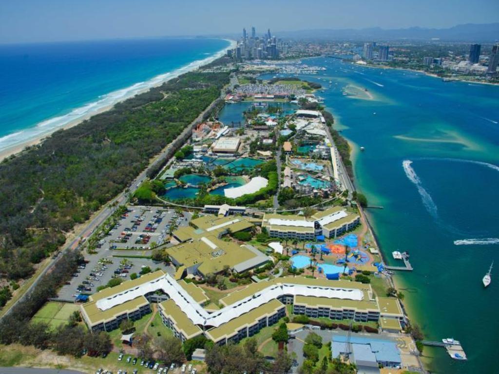 Hotel Side Water Resort
