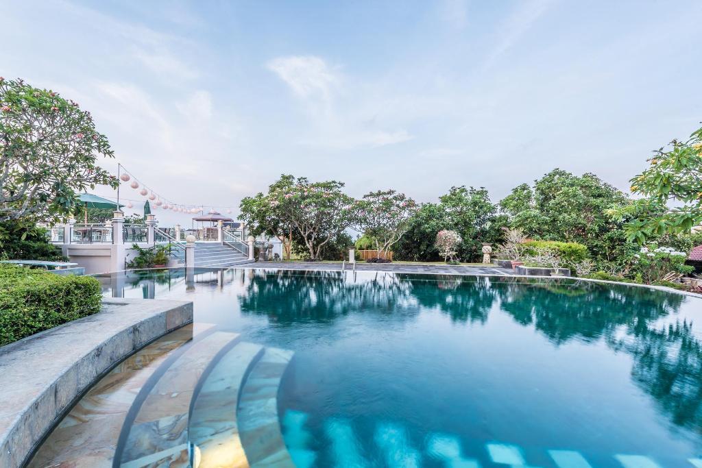 泳池游泳池1024_683可可西里绿地价格别墅图片