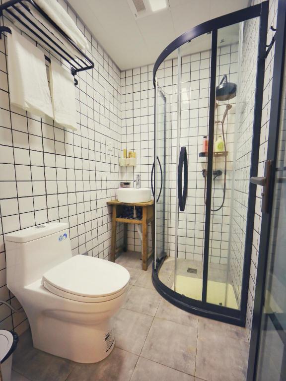90平方米3卧室公寓(宽窄巷子) - 有2间私人浴室 (chengdu moon cottag图片