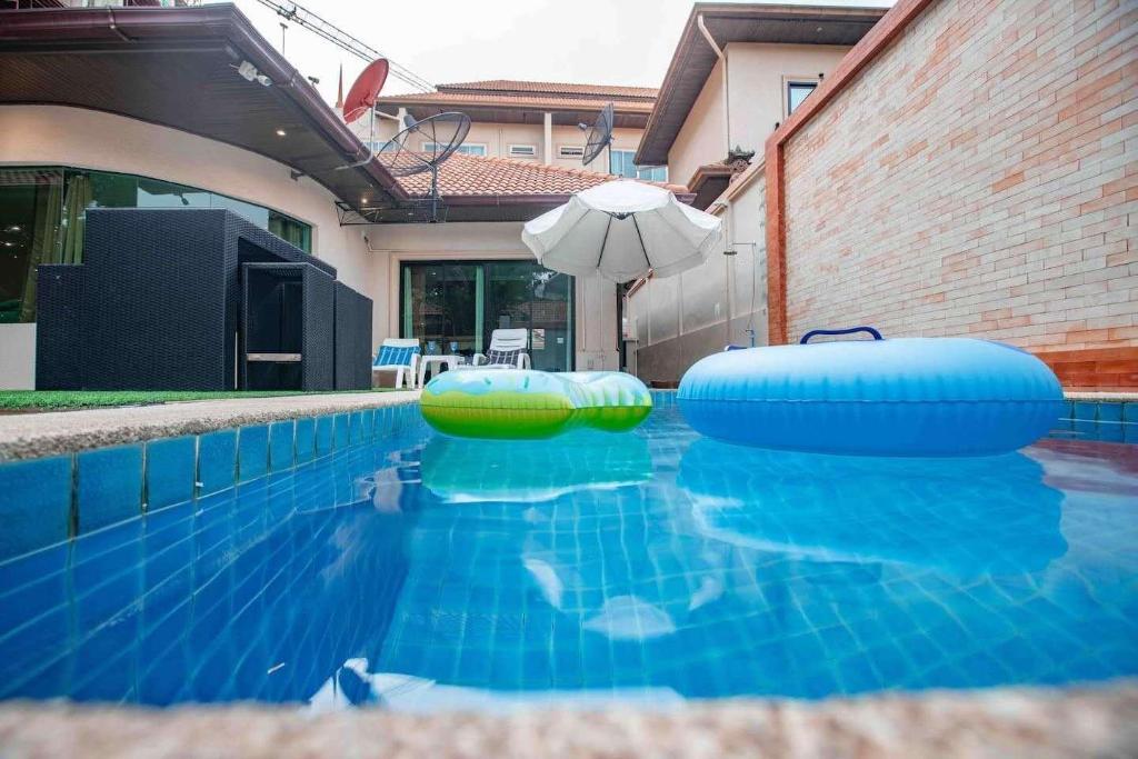 250平方米3私人(帕塔纳克山)-有4间私人卧室(centralpattaya3别墅浴室酒窖图片