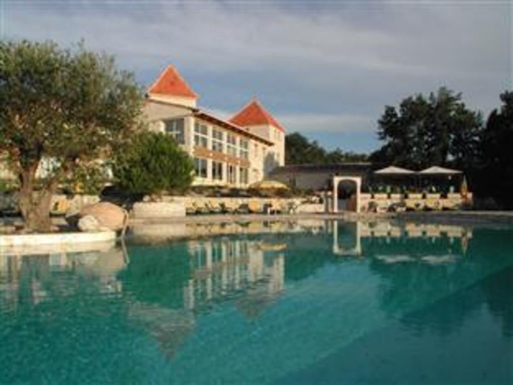 贝尔维德尔酒店 (le belvédère hotel et bien être)