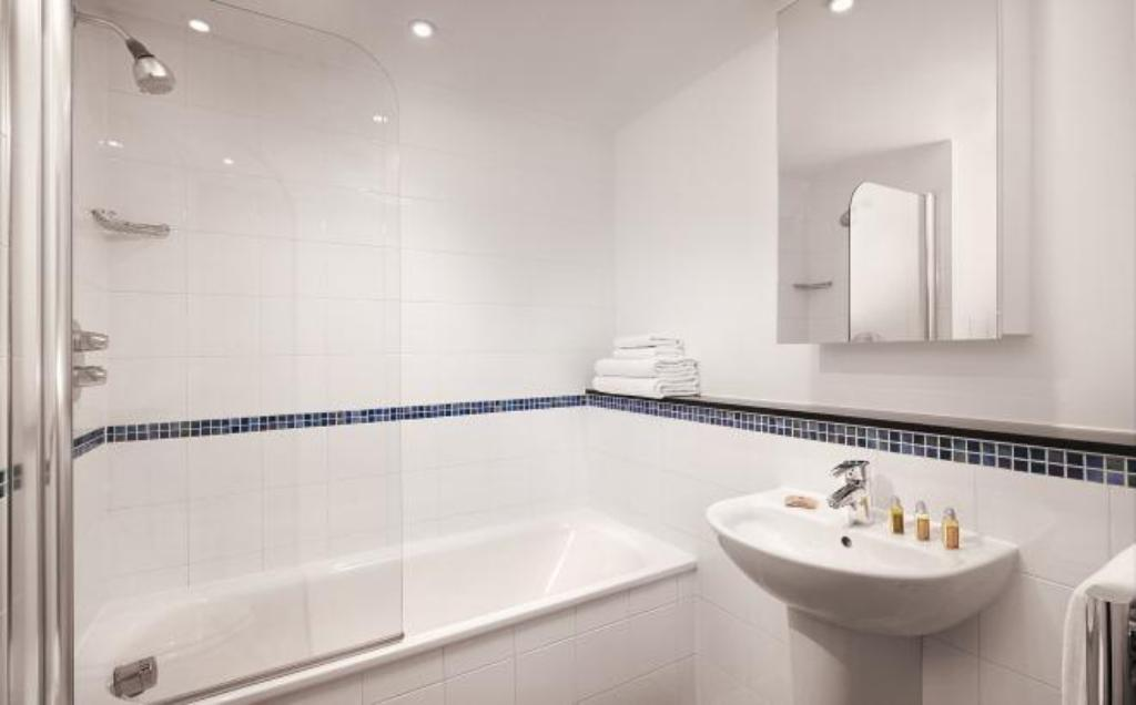 Best Price on Marlin Apartments Tower Bridge - Aldgate in ...
