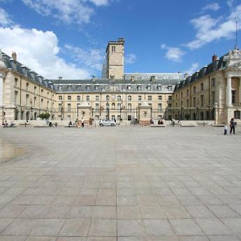 Hôtels Dijon, 497 hôtels