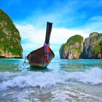 Koh Phi Phi Hotels, 230 hotels