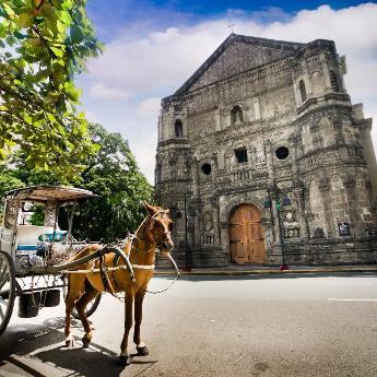 Манила хотела, 9718 хотела