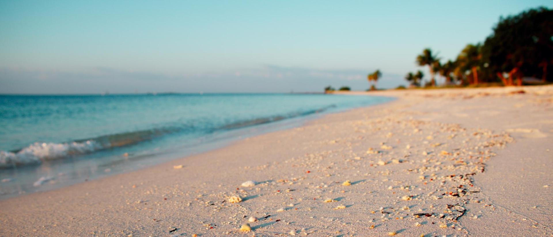 Hotels near Lazy Days South, Marathon FL   BEST HOTEL RATES Near ...