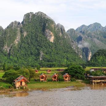 Vang Vieng Hotels, 220 hotels