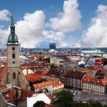 Hotely v destinaci Bratislava, 798 hotelů