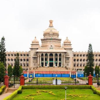 فنادق بنغالور, 3,872  فندقًا