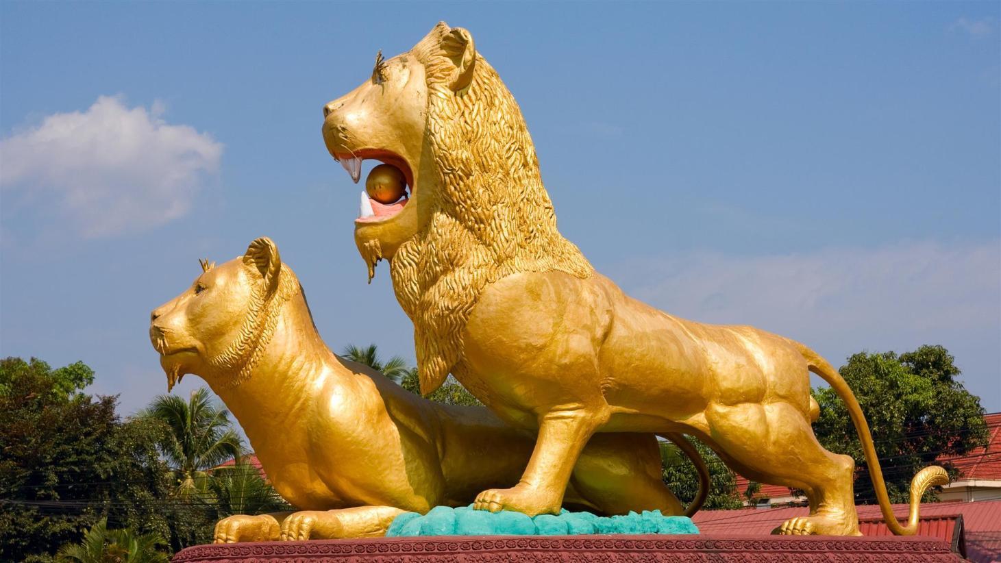 Cambodia lion midgettures — 10