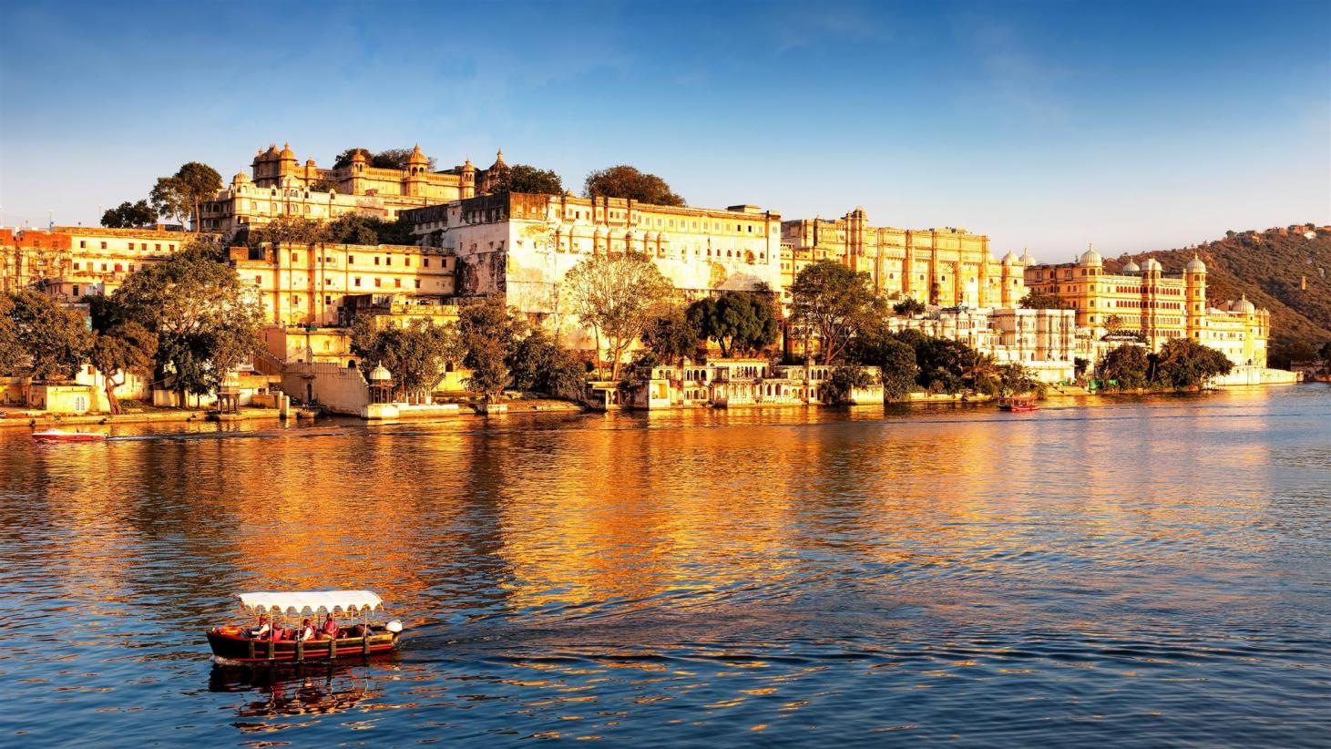 10 Best Udaipur Hotels: HD Photos + Reviews of Hotels in