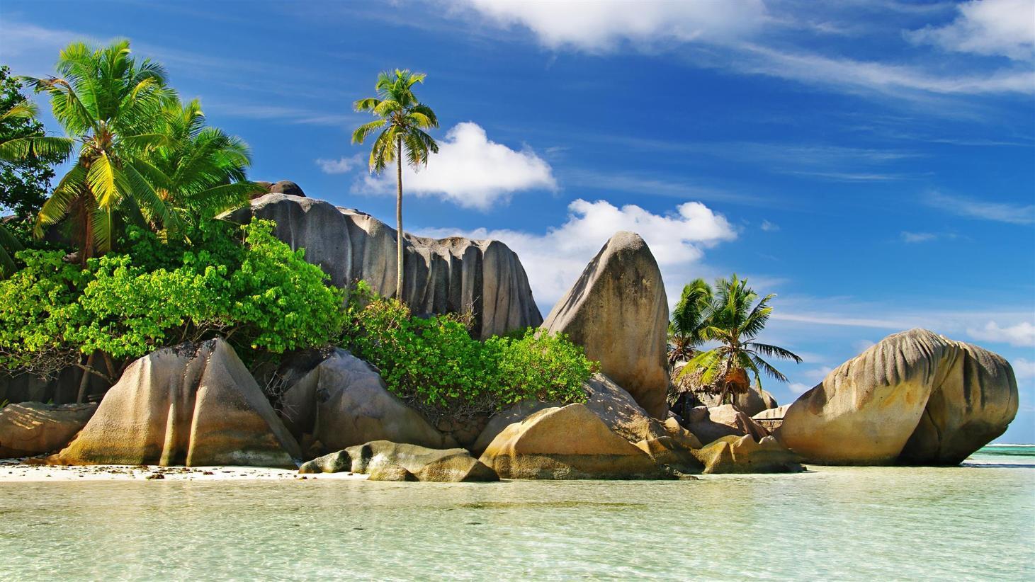セーシェル諸島(セーシェル )...