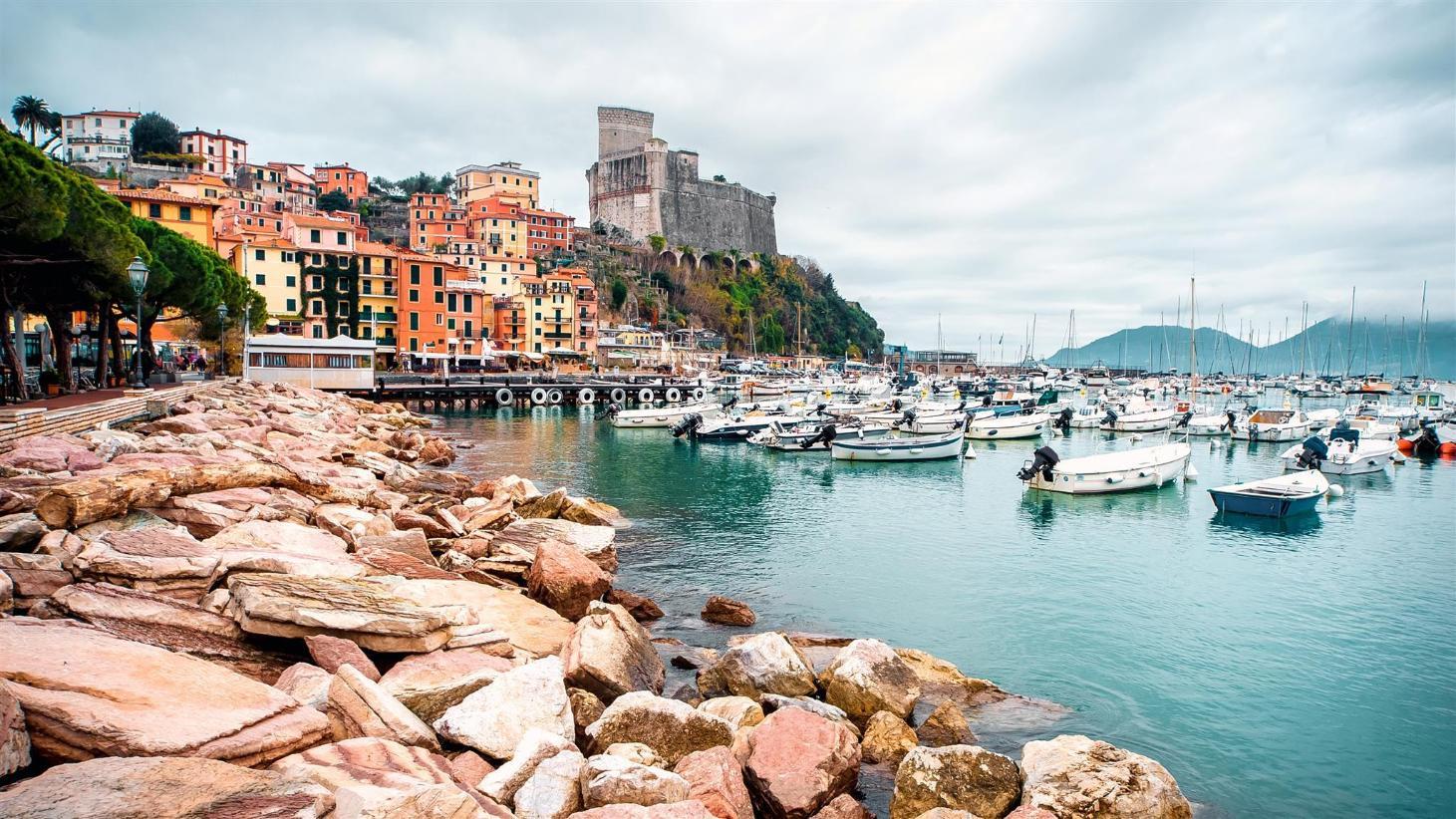 Nhà nghỉ Porto - Giá tốt nhất + Hình ảnh HD của Nhà nghỉ ở Porto