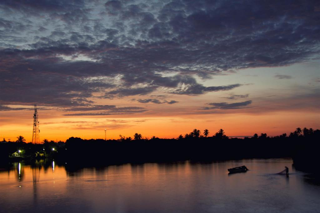 Negombo Lagoon - 9.37 km from property