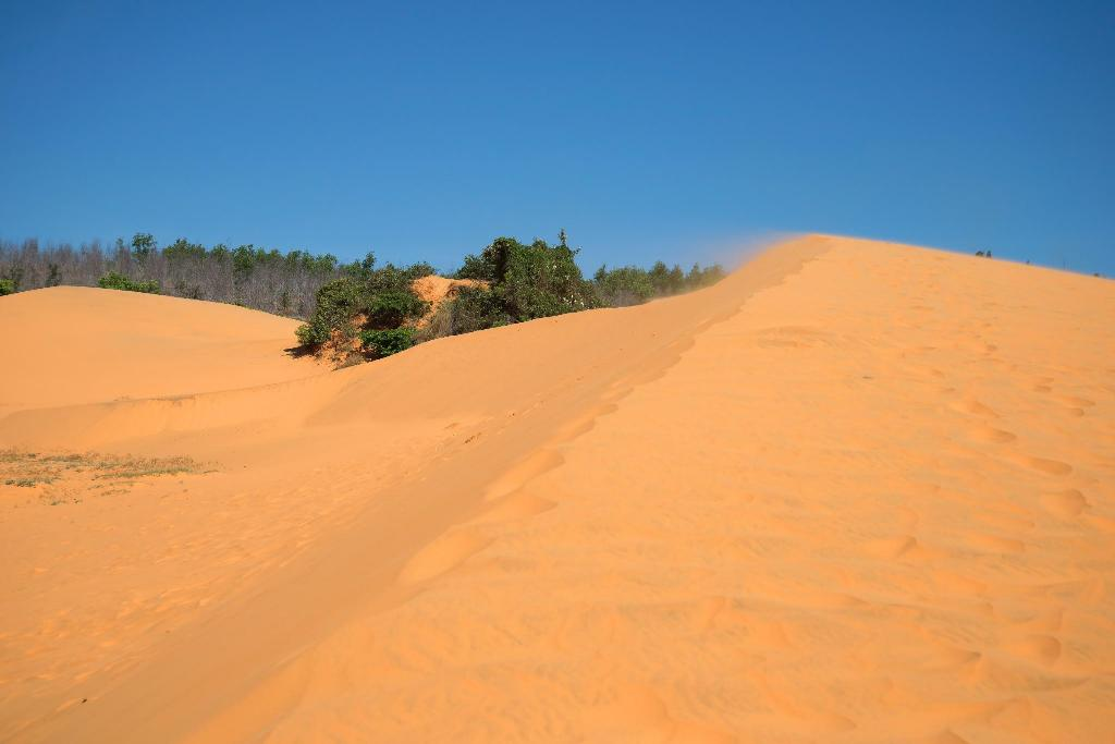 Red Sand Dunes - 5.89 km from property Grace Resort