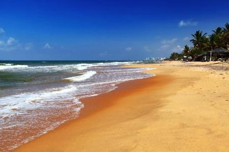 Mount Lavinia beach - 300 m from property Yoho The Number 8