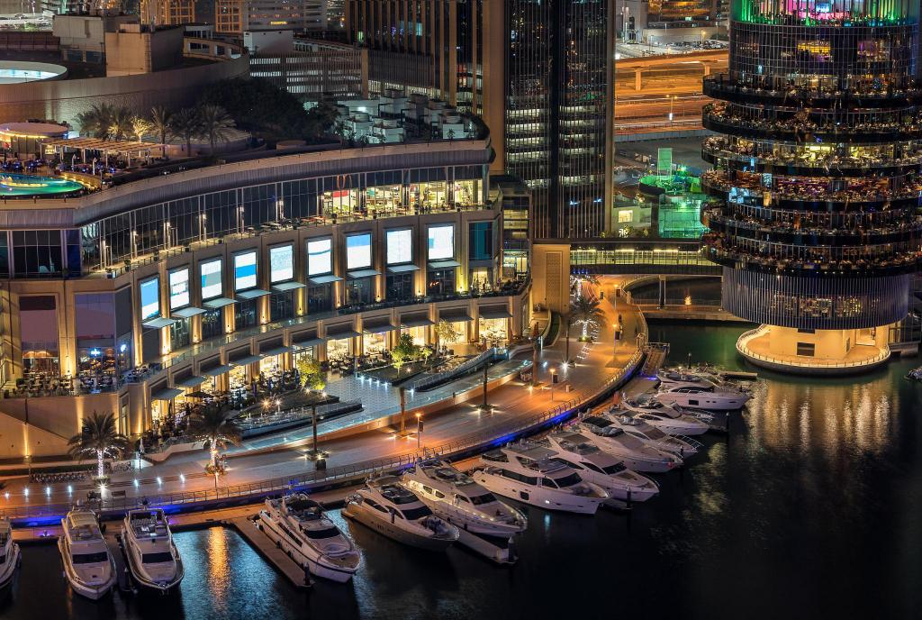 Dubai Marina Mall - 3.08 km from property ZiQoo Hotel Apartments Dubai
