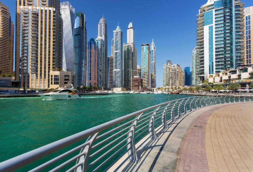 Dubai Marina Walk - 320 מטרים ממקום האירוח Dubai Apartments - Marina Diamond Nicely Decorated One Bedroom In Dubai Marina