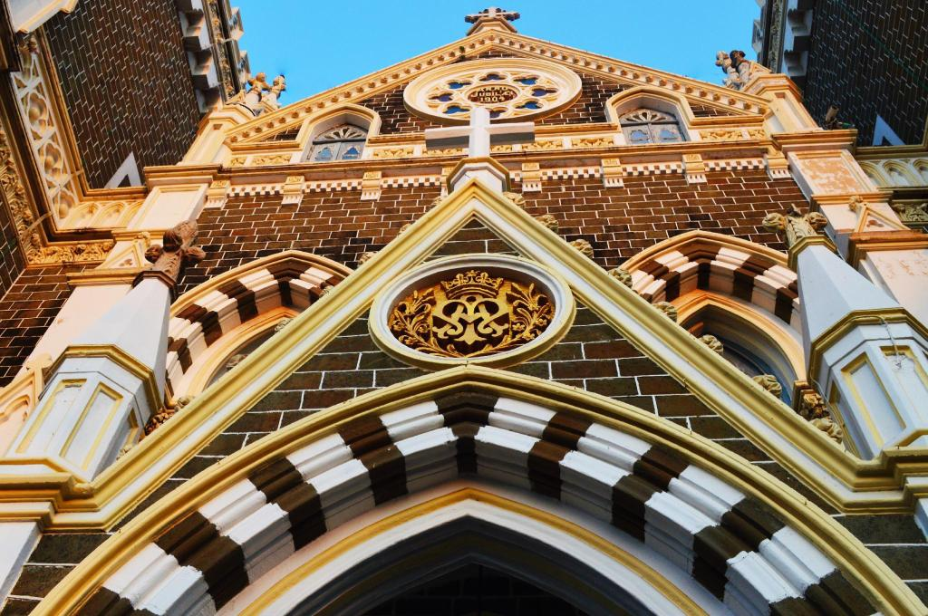 Basilica of Mount Mary Bandra - 4.06 km from property OYO Rooms Dadar Railway Station