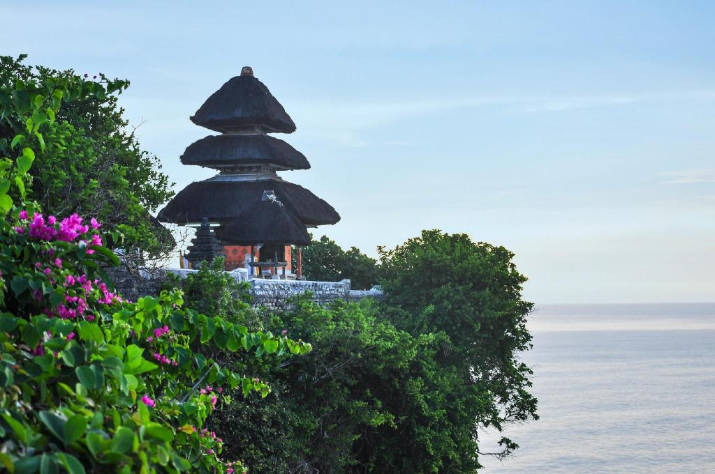 Uluwatu Temple - 8.43 km from property HG Villa