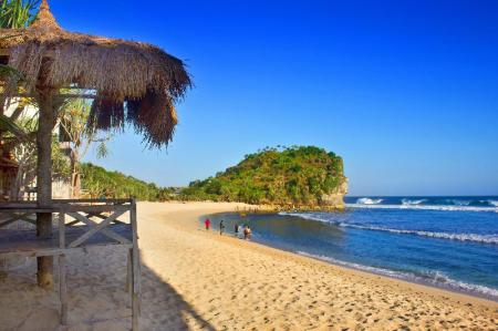 Indrayanti Beach - 1.21 km from property The Royal Joglo