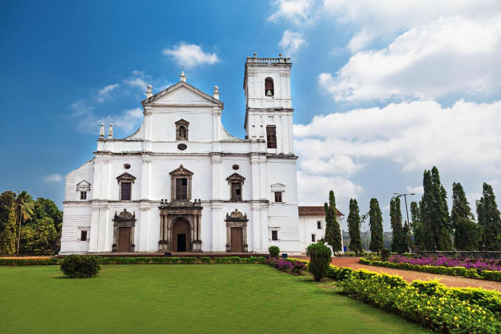 Se Cathedral - 8.7 km from property