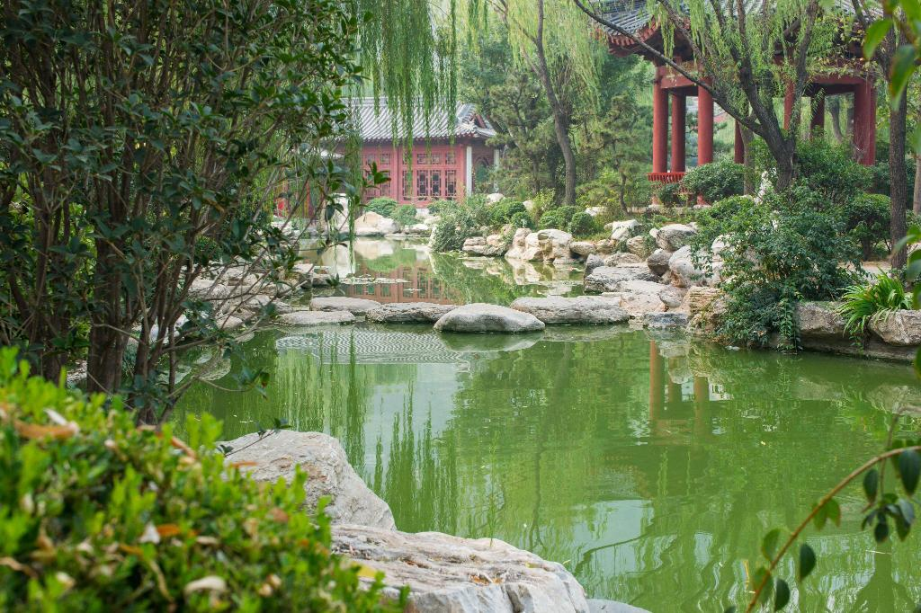 Huaqing Hot Springs - 7.53 km from property Xi'an terracotta soldiers and horses of the qin dynasty Juyuan Binguan