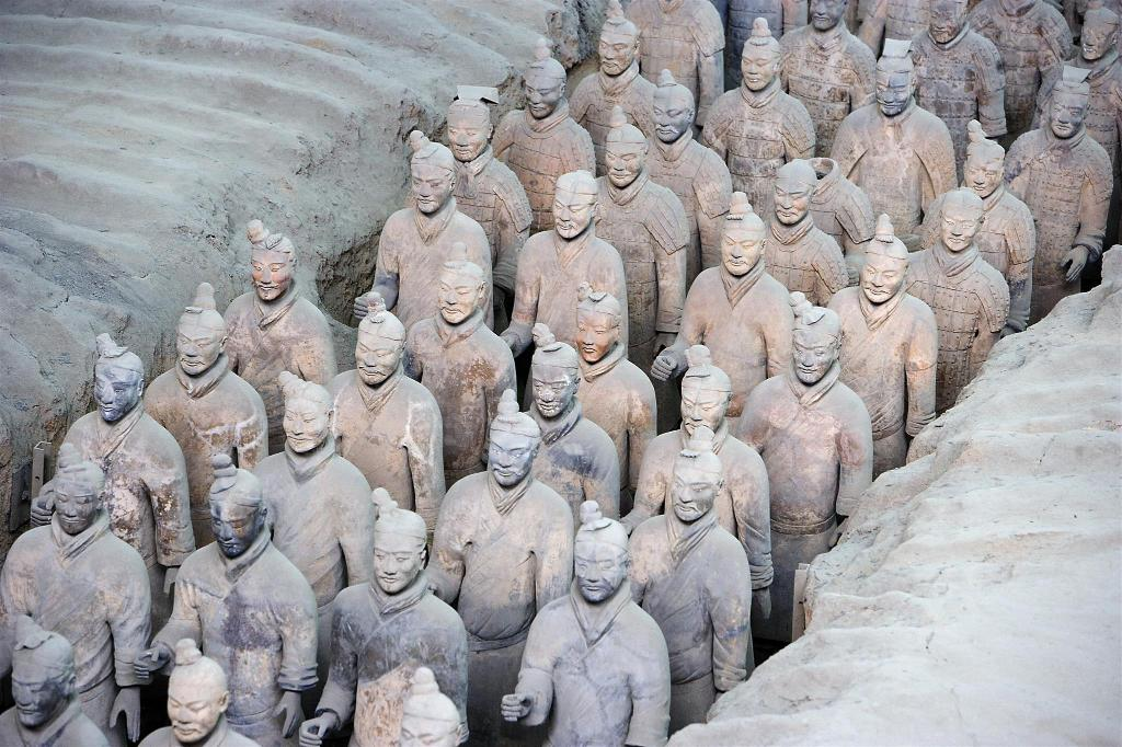 Mausoleum of the First Qin Emperor - 1.03 km from property Xi'an terracotta soldiers and horses of the qin dynasty Juyuan Binguan