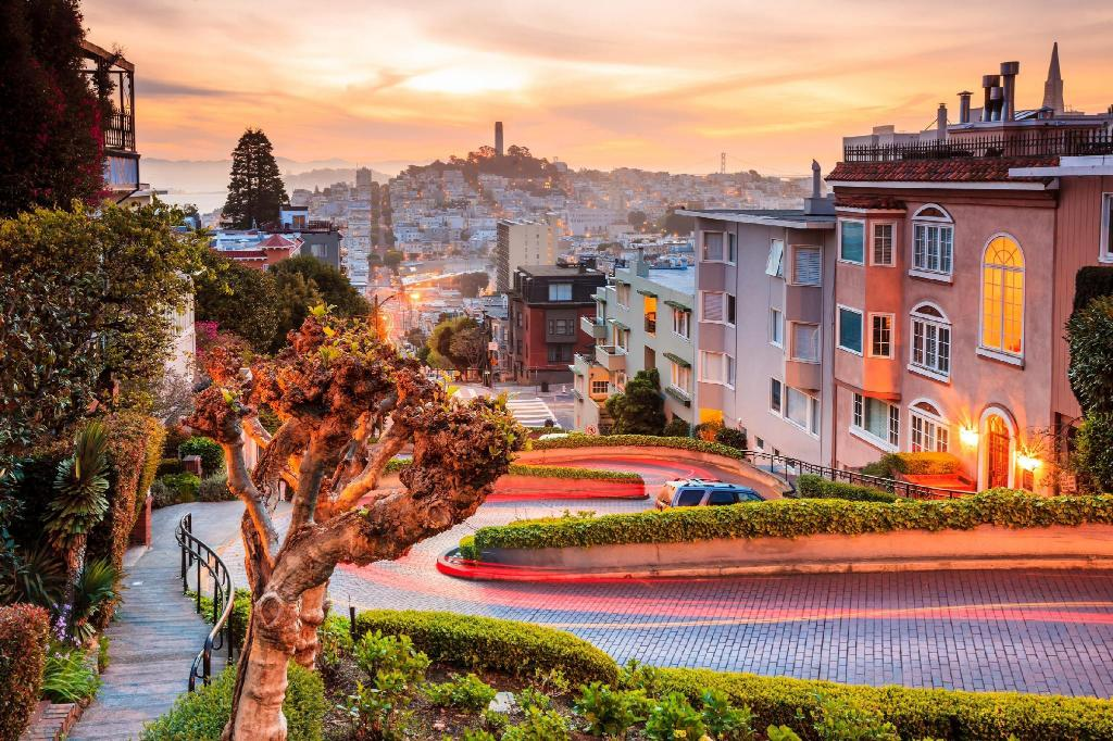 Lombard Street - A 340 m da propriedade Travelodge by Wyndham by Fisherman's Wharf