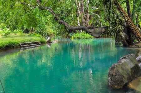 Tham Phu Kham Cave and Blue Lagoon - 6.19 km from property Banthom Hengchaleun Guesthouse