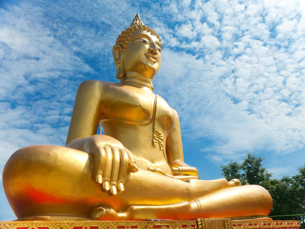Big Buddha - 4.5 km from property Villa Baan Duan Chai-5Bed PoolVilla in Pattaya