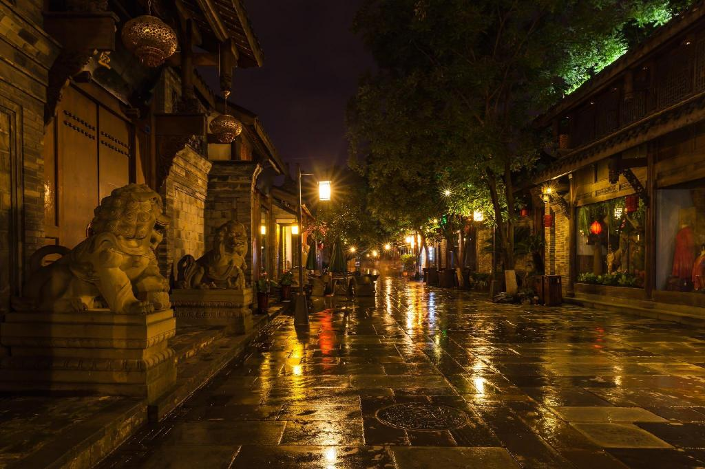 "Kuanzhai Ancient Street of Qing Dynasty - 4.12 ק""מ ממקום האירוח Manmanmi Homestay"