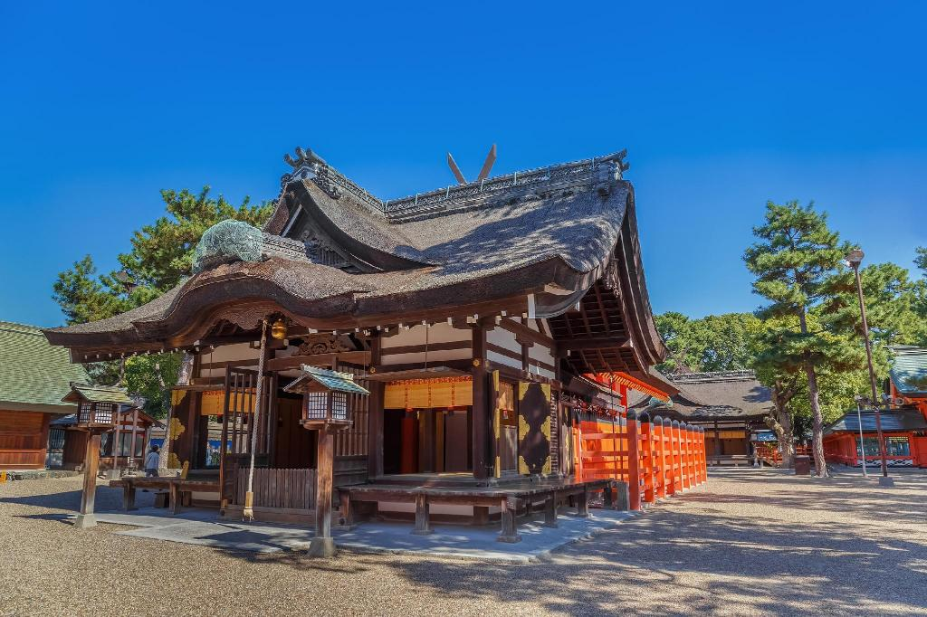 Sumiyoshi-taisha Shrine - 5.03 km from property
